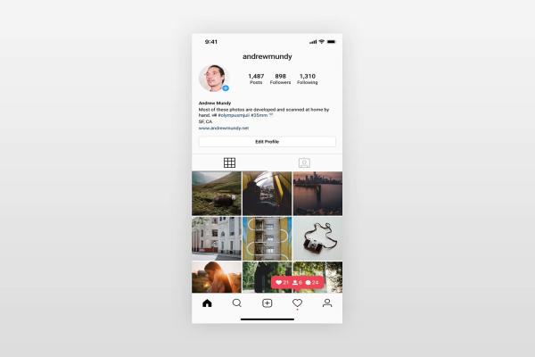 Free Instagram Mockups